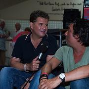 NLD/Uden/20130618 - Opname TROS Muziefeest op het Plein 2013 Uden, Wolter Kroes interviewt