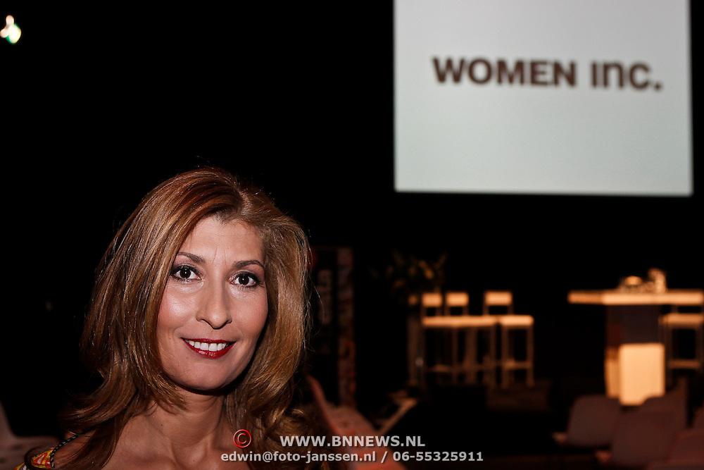 NLD/Amsterdam/20100306 - Women Inc. Festival 2010, modeshow voor Amnesty International,  Samira Bouchibti