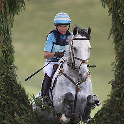 SJPBHT14 - SUNDAY ACTION - St James's Place Wealth Management Barbury International