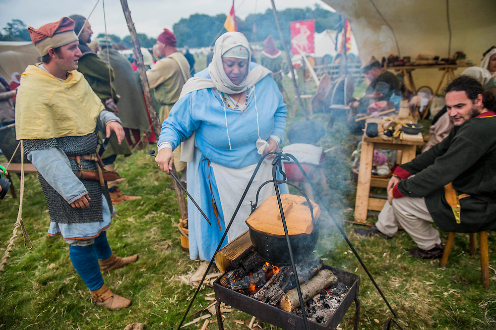 The Saxon/English camp - English Heritage's annual re-enactment of the Battle of Hastings marks the 950th anniversary of the Battle in 1066. The event includes a Cavalry encampment, Norman & Saxon encampments and Medieval traders. It takes place at Battle Abbey on October 15th and 16th.
