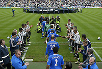 Photo. Andrew Unwin, Digitalsport<br /> Newcastle United v Chelsea, Barclays Premiership, St James' Park, Newcastle upon Tyne 15/05/2005.<br /> Chelsea, led out by Frank Lampard (#8), are given a guard of honour by Newcastle for their award-breaking season.