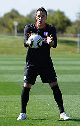 09.06.2010, Sports Campus, Rustenburg, RSA, FIFA WM 2010, England Training im Bild John Terry fängt einen Ball, EXPA Pictures © 2010, PhotoCredit: EXPA/ IPS/ Mark Atkins / SPORTIDA PHOTO AGENCY