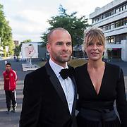 NLD/Hilversum/20130902 - Gala Voetballer van het Jaar 2013, Erben Wennemars en partner Renate van der Zalm