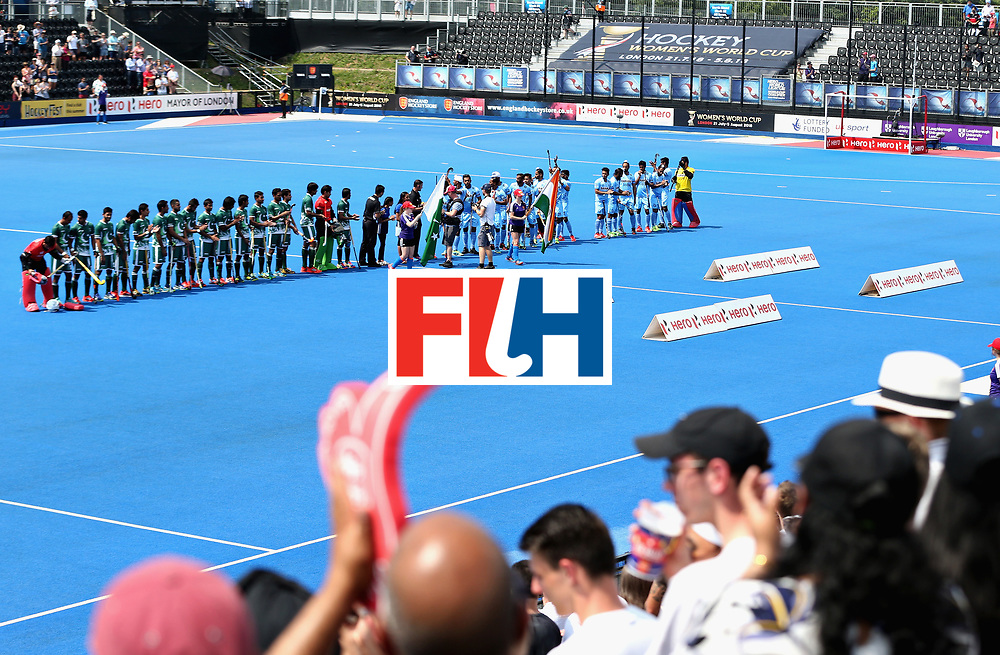 LONDON, ENGLAND - JUNE 18:  The Pakistan and India teams line up before the Hero Hockey World League Semi Final match between Pakistan and India at Lee Valley Hockey and Tennis Centre on June 18, 2017 in London, England.  (Photo by Alex Morton/Getty Images)