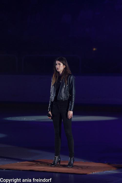 International Ice Skating Gala, Courchevel, France, 20 July 2017, Sara Wigan, singer