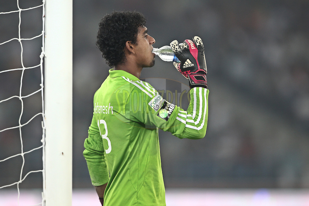 Rehenesh Thumbirumbu Paramba of NorthEast United FC drinking during match 16 of the Hero Indian Super League between The Delhi Dynamos FC and NorthEast United FC held at the Jawaharlal Nehru Stadium, Delhi, India on the 29th October 2014.<br /> <br /> Photo by:  Deepak Malik/ ISL/ SPORTZPICS