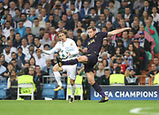 Jan Vertonghen against Luka Mudric during the Champions League match between Real Madrid and Tottenham Hotspur at the Santiago Bernabeu Stadium, Madrid, Spain on 17 October 2017. Photo by Ahmad Morra.