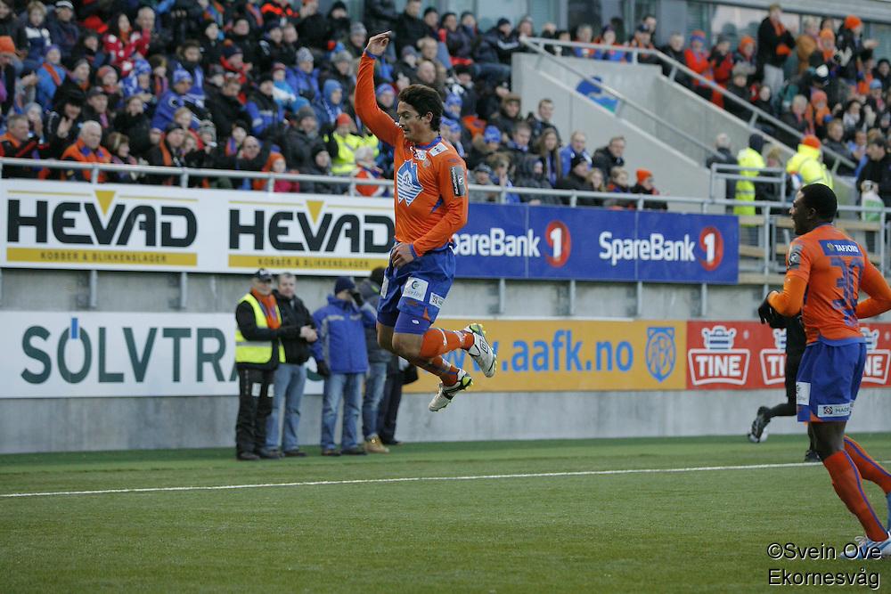Ole Gunnar Solskjær, manger i Molde FK, intervjues etter sin første arbeidsdag i Molde mandag ettermiddag.