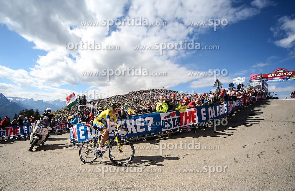 31.05.2014, Monte Zoncolan, ITA, Giro d Italia 2014, 20. Etappe, Mantiago nach Monte Zoncolan, im Bild der Etappensieger Michael Rogers, AUS (#209, Team Tinkoff-Saxo) // stage winner Michael Rogers, AUS (#209, Team Tinkoff-Saxo) during Giro d' Italia 2014 at Stage 20 from Mantiago to Monte Zoncolan, Italy on 2014/05/31. EXPA Pictures © 2014, PhotoCredit: EXPA/ M. Huber