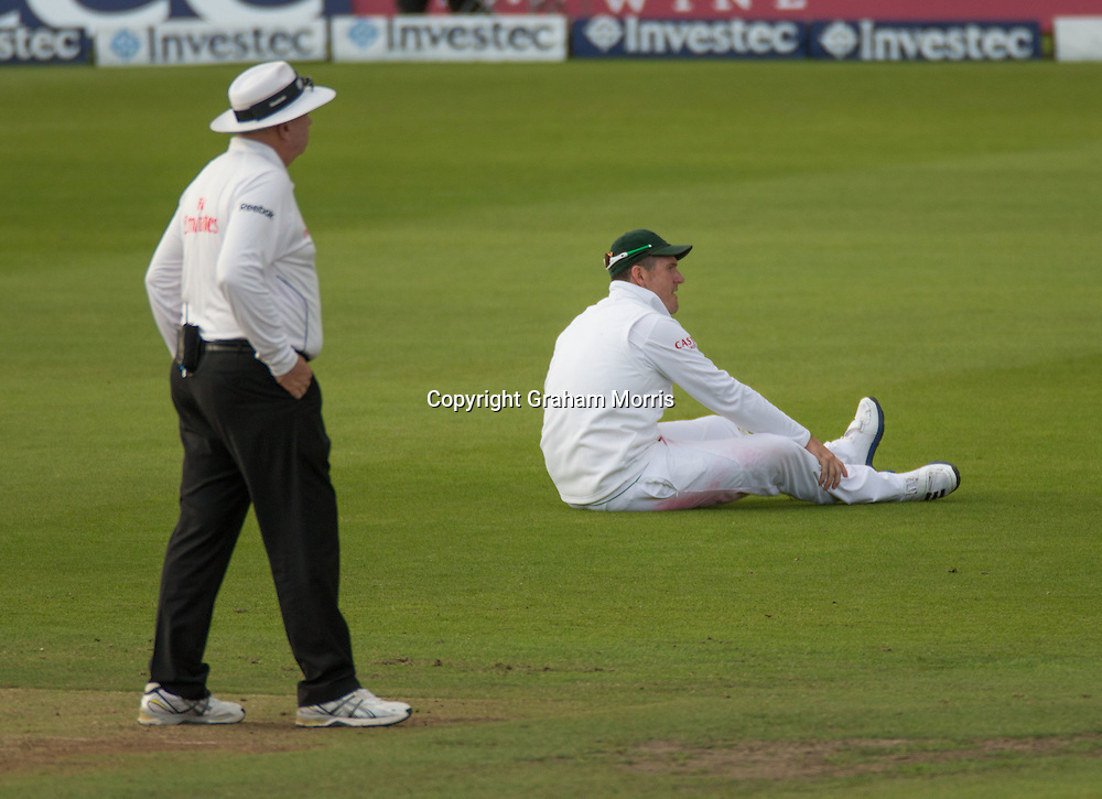 Injured captain Graeme Smith during the second Investec Test Match  Day 3  between England and South Africa at Headingley, Leeds. Photo: Graham Morris (Tel: +44(0)20 8969 4192 Email: sales@cricketpix.com) 04/08/12