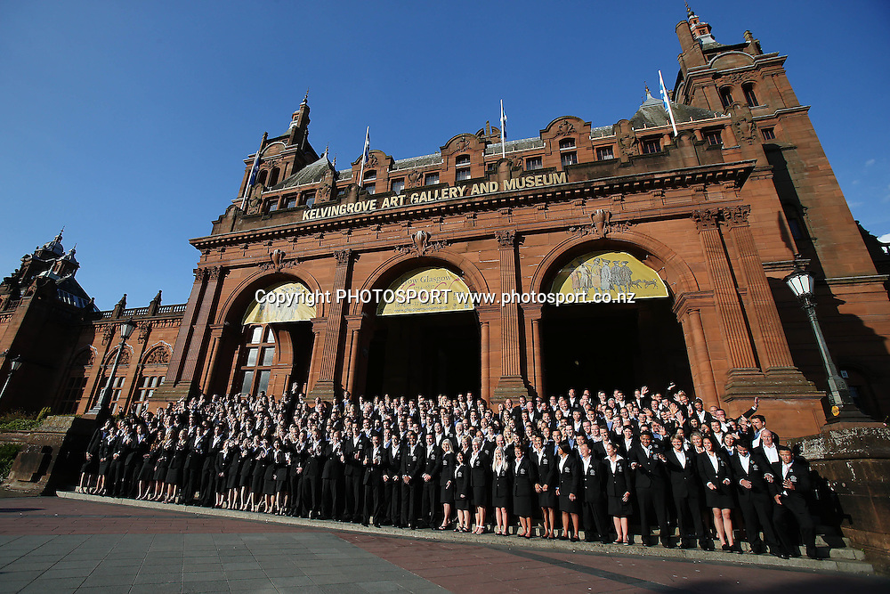 Team New Zealand pose for a team photo for the 2014 Glasgow Commonwealth Games. The Kelvingrove Art Gallery and Museum, Glasgow, Scotland. Tuesday 22nd July 2014. Photo: Anthony Au-Yeung / photosport.co.nz