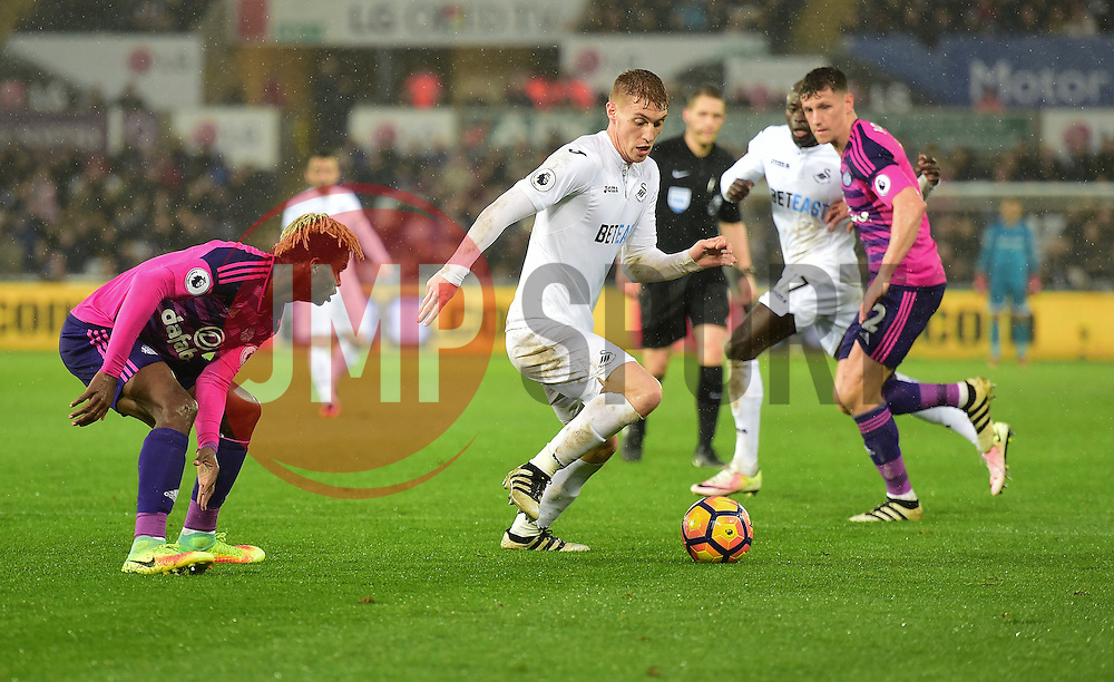 Jay Fulton of Swansea City attacks inside the sunderland box. - Mandatory by-line: Alex James/JMP - 10/12/2016 - FOOTBALL - Liberty Stadium - Swansea, England - Swansea City v Sunderland - Premier League