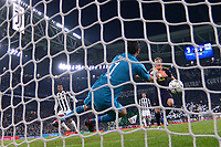 parata di Gianluigi Buffon su colpo di testa di Harry Kane <br /> Torino 13-02-2018 Juventus Stadium  Football Champions League 2017/2018 Juventus - Tottenham . Foto Andrea Staccioli / Insidefoto