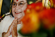 Milano, festival dello yoga al superstudio, la foto di Shri Mtaji Nirmala Devi. ha dedicato la vita alla diffusione  di Sahaja Yoga........Milan, yoga festival,i Shri Mtaji Nirmala Devi, she devoted her life to Sahaja Yoga..
