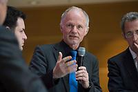 """28 MAR 2012, BERLIN/GERMANY:<br /> Rainer Baake, Bundesgeschaeftsfuehrer Deutsche Umwelthilfe, SPD Energiesymposium 2012 """"Energie(w)ende"""", Willy-Brandt-Haus<br /> IMAGE: 20120328-01-075"""