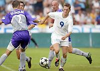 Fotball<br /> Oppkjøring til sesongstart i Frankrike 2003/2004<br /> Foto: DPPI/Digitalsport<br /> <br /> NORWAY ONLY<br /> <br /> FOOTBALL - SEASON 2003/2004 - FRIENDLY GAME - OLYMPIQUE MARSEILLE v TOULOUSE FC - 030713 - STEPAN VACHOUSEK (OM) - PHOTO GUY JEFFROY / FLASH PRESS