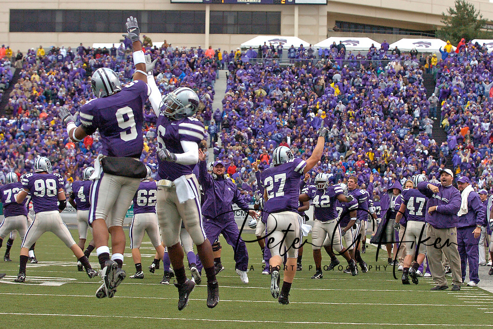 The Kansas State Wildcats celebrate after blocking a Texas A&M punt for a touchdown in the fourth quarter at KSU Stadium in Manhattan, Kansas, October 22, 2005.  Texas A&M beat K-State 30-28.