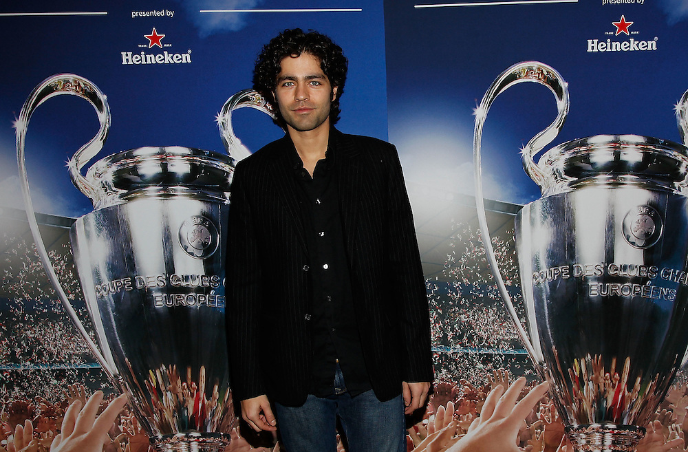 NEW YORK - FEBRUARY 17:  Actor Adrian Grenier  attends the Heineken Brings UEFA Champions League Trophy to the US event at 230 Fifth Avenue on February 17, 2010 in New York City.  (Photo by Joe Kohen/Getty Images for Heineken)