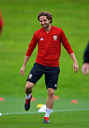 CARDIFF, WALES - Tuesday, September 4, 2018: Wales' Joe Allen during a training session at the Vale Resort ahead of the UEFA Nations League Group Stage League B Group 4 match between Wales and Republic of Ireland. (Pic by David Rawcliffe/Propaganda)