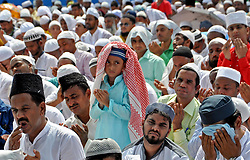 June 16, 2018 - Kolkata, West Bengal, India - Indian Muslim takes part in morning namaz or prayer on the occasion of Eid al-Fit festival at Red Road. (Credit Image: © Saikat Paul/Pacific Press via ZUMA Wire)