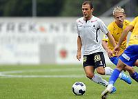 Fotball<br /> 09.08.2014<br /> Oddsenligaen / Andredivisjon<br /> Asker v Jerv 3:3<br /> Foto: Morten Olsen, Digitalsport<br /> <br /> Reis Avdimetaj (8) - Asker