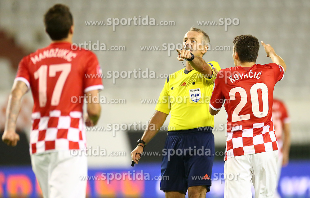 12.06.2015, Stadion Poljud, Split, CRO, UEFA Euro 2016 Qualifikation, Kroatien vs Italien, Gruppe H, im Bild Martin Atkinson, Mateo Kovacic // during the UEFA EURO 2016 qualifier group H match between Croatia and and Italy at the Stadion Poljud in Split, Croatia on 2015/06/12. EXPA Pictures &copy; 2015, PhotoCredit: EXPA/ Pixsell/ Slavko Midzor<br /> <br /> *****ATTENTION - for AUT, SLO, SUI, SWE, ITA, FRA only*****