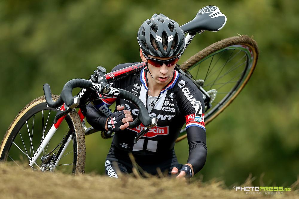 THE NETHERLANDS / NEDERLAND / PAYS BAS / HOLLAND / VALKENBURG / CYCLING / WIELRENNEN / CYCLISME / CYCLOCROSS / CYCLO-CROSS / VELDRIJDEN / WERELDBEKER / WORLD CUP / COUPE DU MONDE / #2 / VAN DER HAAR LARS (TEAM GIANT - ALPECIN)
