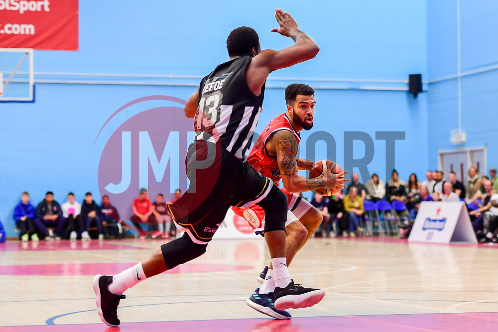 Lewis Champion of Bristol Flyers is marked by  Darius Defoe of Newcastle Eagles - Photo mandatory by-line: Ryan Hiscott/JMP - 03/11/2018 - BASKETBALL - SGS Wise Arena - Bristol, England - Bristol Flyers v Newcastle Eagles - British Basketball League Championship