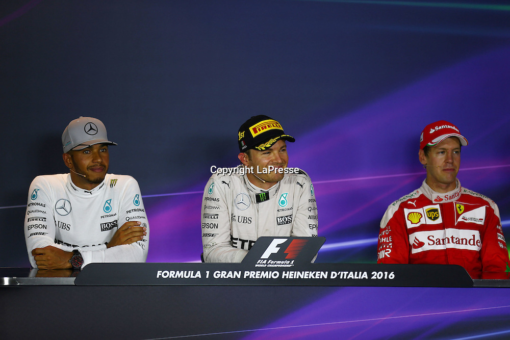 &copy; Photo4 / LaPresse<br /> 04/09/2016 Monza, Italy<br /> Sport <br /> Grand Prix Formula One Italia 2016<br /> In the pic: race Press conference <br /> 1st position Nico Rosberg (GER) Mercedes AMG F1 W07 Hybrid <br /> 2nd position Lewis Hamilton (GBR) Mercedes AMG F1 W07 Hybrid <br /> 3rd position Sebastian Vettel (GER) Scuderia Ferrari SF16-H