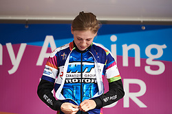 Stage winner, Aafke Soet (NED) zips up the stage winner jersey at Healthy Ageing Tour 2018 - Stage 5, a 94.3 km road race in Groningen on April 8, 2018. Photo by Sean Robinson/Velofocus.com