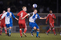 BRISTOL, ENGLAND - Thursday, January 15, 2009: Liverpool's Lauri Dalla Valle in action against Bristol Rovers' captain Dan Cayford during the FA Youth Cup match at the Memorial Stadium. (Mandatory credit: David Rawcliffe/Propaganda)