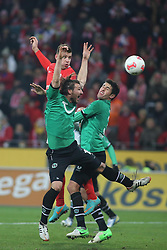 01.12.2012, Coface Arena, Mainz, GER, 1. FBL, 1. FSV Mainz 05 vs Hannover 96, 15. Runde, im Bild v.l.: Christian Schulz (H96) gegen Adam Szalai (MZ) und Karim Haggui (H96) // during the German Bundesliga 15th round match between 1. FSV Mainz 05 and Hannover 96 at the Coface Arena, Mainz, Germany on 2012/12/01. EXPA Pictures © 2012, PhotoCredit: EXPA/ Eibner/ Matthias Neurohr..***** ATTENTION - OUT OF GER *****