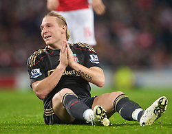 LONDON, ENGLAND - Wednesday, October 28, 2009: Liverpool's Andriy Voronin rues a missed chance against Arsenal during the League Cup 4th Round match at Emirates Stadium. (Photo by David Rawcliffe/Propaganda)