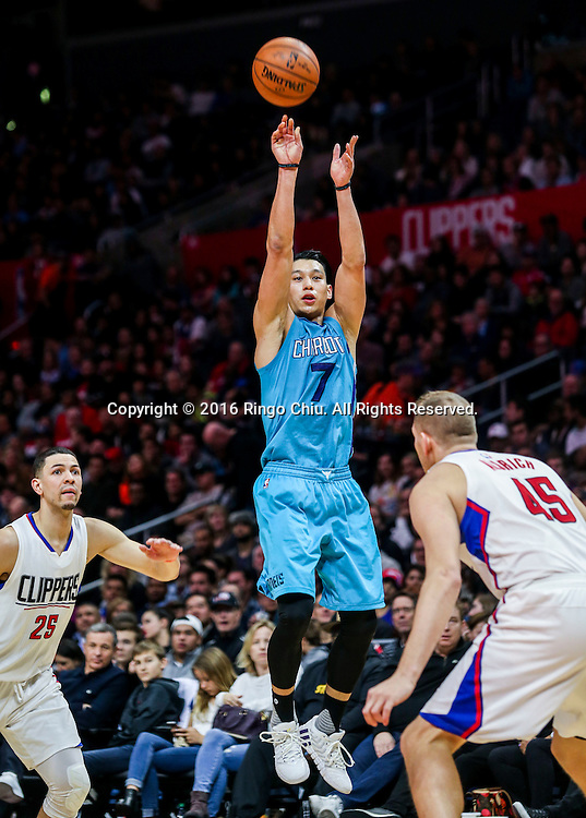 Charlotte Hornets Jeremy Lin shoots against Los Angeles Clippers during the NBA basketball game in Los Angeles, the United States, Jan. 9, 2016. Los Angeles Clippers won 97-83. (Xinhua/Zhao Hanrong)(Photo by Ringo Chiu/PHOTOFORMULA.com)<br /> <br /> Usage Notes: This content is intended for editorial use only. For other uses, additional clearances may be required.