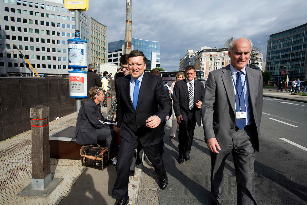 BRUSSELS - BELGIUM - 18 MAY 2009 -- Jose (José) Manuel BARROSO, President of the European Commission, and his head of cabinet Joao VALE DE ALMEIDA walking on Rue de Loi, next to with the Berlaymont HQ of the EC. Photo: Erik Luntang