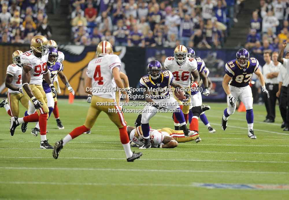 Minnesota Vikings wide receiver Darius Reynaud #82 during the Vikings 27-24 victory over the San Francisco 49ers at the Metrodome in Minneapolis, MN on September 27, 2009.