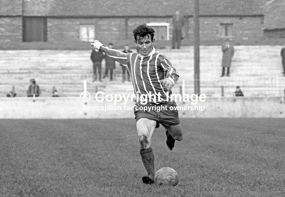 Bertie Peacock, footballer, Coleraine FC, N Ireland, November, 1968, 196811000263<br /> <br /> Copyright Image from Victor Patterson, 54 Dorchester Park, Belfast, UK, BT9 6RJ<br /> <br /> t: +44 28 9066 1296<br /> m: +44 7802 353836<br /> vm +44 20 8816 7153<br /> <br /> e1: victorpatterson@me.com<br /> e2: victorpatterson@gmail.com<br /> <br /> www.victorpatterson.com<br /> <br /> IMPORTANT: Please see my Terms and Conditions of Use at www.victorpatterson.com