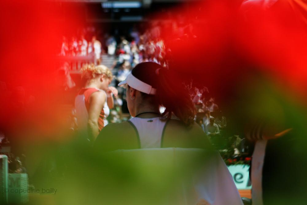 Roland Garros. Paris, France. June 6th 2006..Martina Hingis and Kim Clijsters during the 1/4 finals.