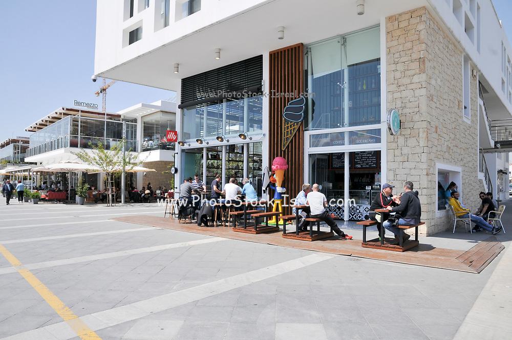 Alfresco dining in Limassol, Cyprus