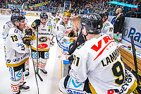 2020-01-17 | Rauma, Finland : Kärpät time out during the game between Lukko-Kärpät in Kivikylän Areena ( Photo by: Elmeri Elo | Swe Press Photo )