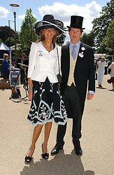 GUY & FIONA SANGSTER at the 3rd day - Ladies Day of Roayl Ascot 2006 on 22nd June 2006.<br />