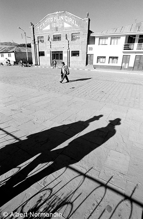 Teatro Munich Hall and shadows of two men