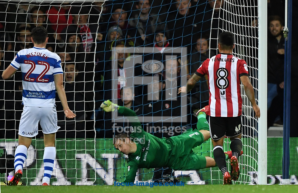 Alex Smithies of Queens Park Rangers unable to stop Brentford's 2nd goal during the Sky Bet Championship match at the Loftus Road Stadium, London<br /> Picture by Simon Dael/Focus Images Ltd 07866 555979<br /> 27/11/2017