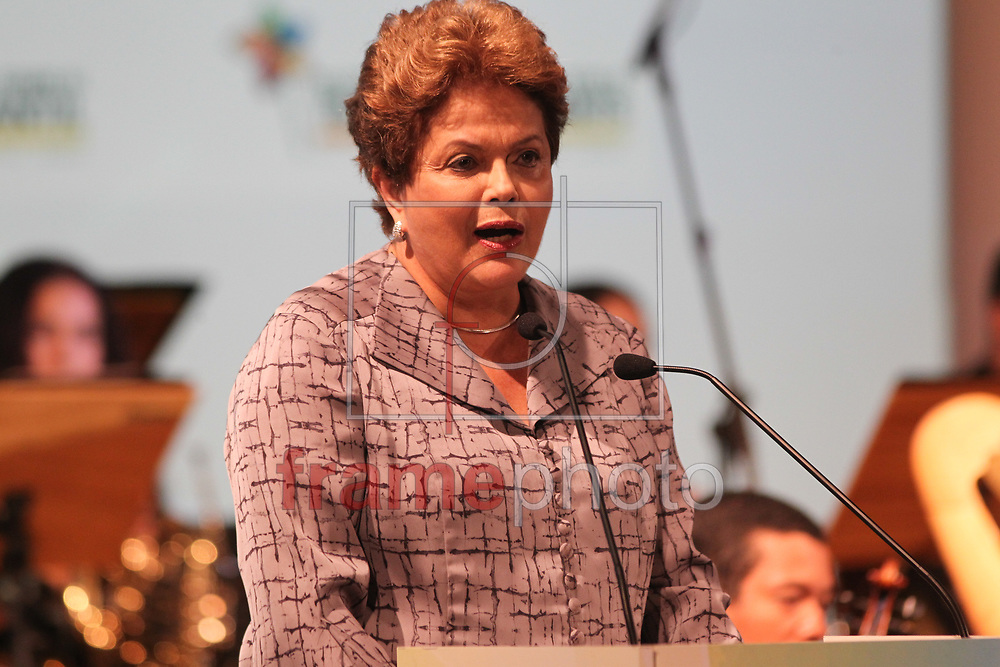 Brasilia, 08-10-2013. Presidenta Dilma Roussef, durante abertura da III Confererncia Global sobre trabalho infantil, no hotel Royal Tulip. Foto: Joel Rodrigues/FRAME
