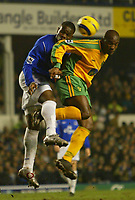 Fotball<br /> England 2004/2005<br /> Foto: SBI/Digitalsport<br /> NORWAY ONLY<br /> <br /> Everton v Norwich City<br /> Barclays Premiership. 02/02/2005. Damien Francis of Norwich City jumps for a header with Joseph Yobo of Everton