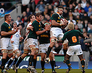 Twickenham, GREAT BRITAIN, SA left to right, Johan ACKERMANN, Johann MULLER, Danie ROSSOUW, and Kabamba FLOORS, combined, collect and protect the collected ball, during the, Investec 2006 Rugby Challenge, England vs South Africa, at Twickenham Stadium, ENGLAND on Sat 25.11.2006. [Photo, Peter Spurrier/Intersport-images]