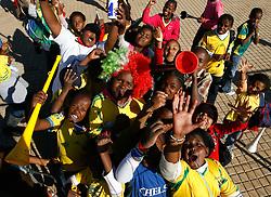 08.06.2010, Soccer City Stadium, Johannesburg, RSA, FIFA WM 2010, Fanfeature im Bild Schüler aus Johannesburg feiern, bejubeln den baldigen WM Start, EXPA Pictures © 2010, PhotoCredit: EXPA/ IPS/ Mark Atkins / SPORTIDA PHOTO AGENCY