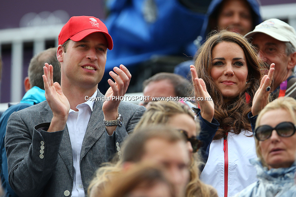 Prince William and Kate Middleton. Olympic Equestrian Eventing, Jumping Final, Greenwich Park, London, United Kingdom. Tuesday 31st July 2012. Photo: Anthony Au-Yeung / photosport.co.nz