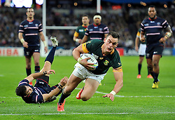 Jesse Kriel of South Africa dives for the try-line - Mandatory byline: Patrick Khachfe/JMP - 07966 386802 - 07/10/2015 - RUGBY UNION - The Stadium, Queen Elizabeth Olympic Park - London, England - South Africa v USA - Rugby World Cup 2015 Pool B.