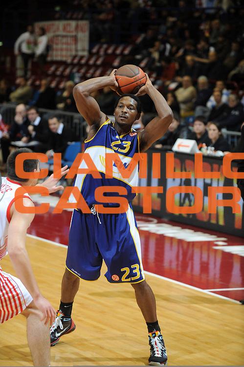 DESCRIZIONE : Milano Eurolega 2009-10 Armani Jeans Milano EWE Baskets Oldenburg<br /> GIOCATORE : Rickey Paulding<br /> SQUADRA : EWE Baskets Oldenburg<br /> EVENTO : Eurolega 2009-2010<br /> GARA : Armani Jeans Milano EWE Baskets Oldenburg<br /> DATA : 09/12/2009<br /> CATEGORIA : Passaggio Ritratto<br /> SPORT : Pallacanestro<br /> AUTORE : Agenzia Ciamillo-Castoria/G.Ciamillo<br /> Galleria : Eurolega 2009-2010<br /> Fotonotizia : Milano Eurolega 2009-10 Armani Jeans Milano EWE Baskets Oldenburg<br /> Predefinita :